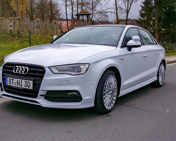 Audi A3 S-line Limousine - Unser neues Schulungsfahrzeug